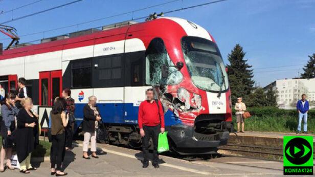 Pociąg WKD zderzył się z osobówką Martyna /Kontakt24