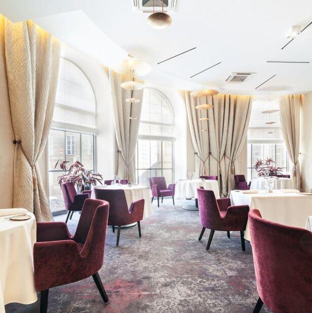 Wnętrze restauracji Senses Facebook / Senses Restaurant