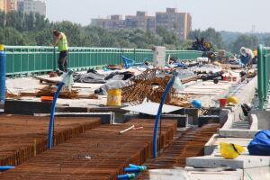 Tramwajowa przeprawa mostu złapała opóźnienie